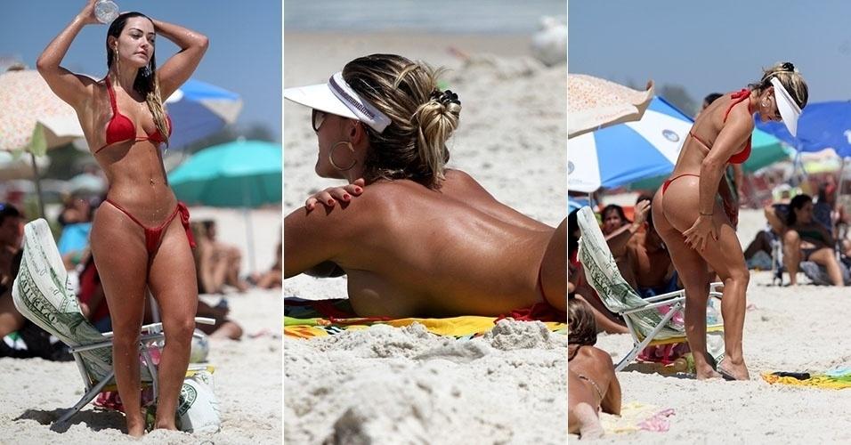"""9.dez.2013 - Capa da revista """"Sexy"""" de dezembro, a ex-mulher Múmia Laura Keller curtiu a praia da Barra da Tijuca com um microbiquini vermelho"""