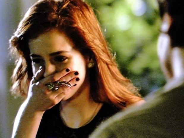 """Em """"Amor à Vida"""", Natasha diz para Thales que sente vergonha dele"""
