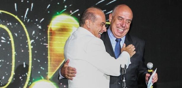 Marcelo de Carvalho e Amilcare Dallevo apresentam a festa de fim de ano da Rede TV!