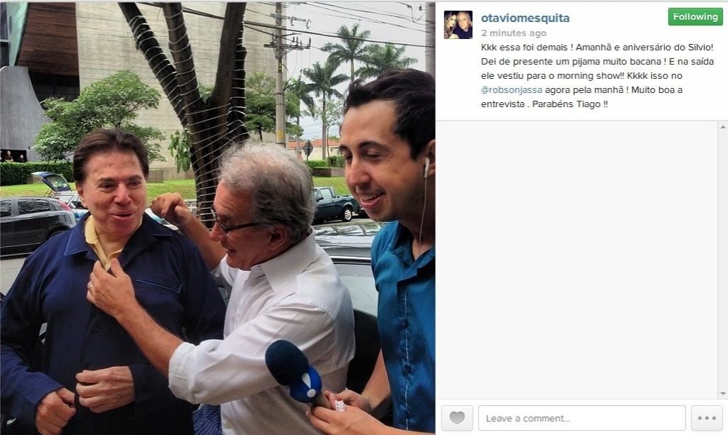 11.dez.2013 - Silvio Santos ganha pijama de Otávio Mesquita e Thiago Rocha no 'Morning Show'