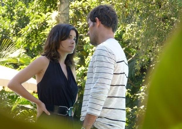 """Em """"Amor à Vida"""", Aline insinua que pode matar César e Mariah"""