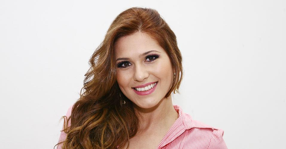 Lívia Andrade vai fazer o carnaval do SBT