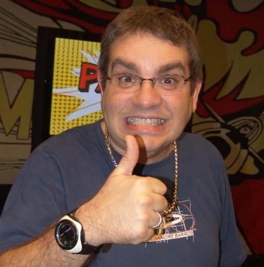 """Marcos Chiesa, o Bola, do """"Pânico"""" faz sucesso no humorístico da Band"""