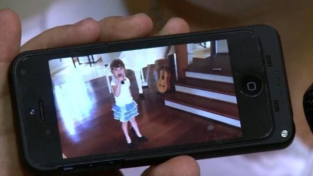 Nos bastidores do The Voice, Daniel mostra a filha imitando Claudia Leitte