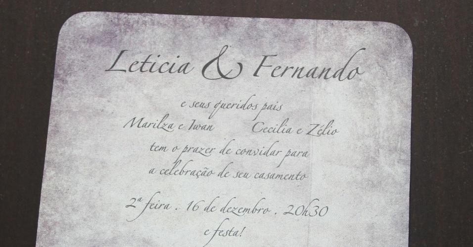 16.dez.2013 - Foto do convite de casamento de Letícia Sabatella e Fernando Alves Pinto