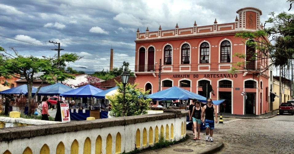 Paisagem do centro histórico de Morretes, cidade paranaense fundada em 1733 e facilmente acessível a partir de Curitiba