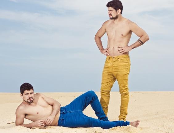 """Tiago e Diego Homci, que interpretam João José e José João em """"Além do Horizonte"""", queriam ser jogadores de futebol antes de serem atores"""
