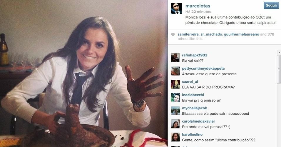 18.dez.2013 - Marcelo Tas se despede de Monica Iozzi e mostra a atriz fazendo um pênis de chocolate no Instagram.
