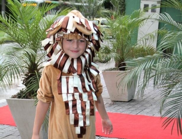 18.dez.2013 - Noah, filho de Danielle Winits e Cássio Reis comemora 6 anos