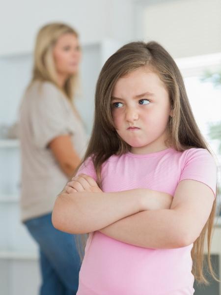 É possível lidar com estes momentos de irritação das crianças sem estresse - Getty Images