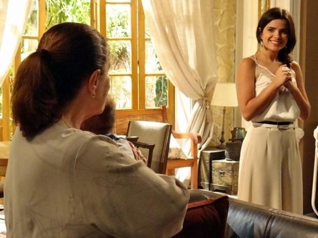 Ciça alfineta Aline na frente de César: