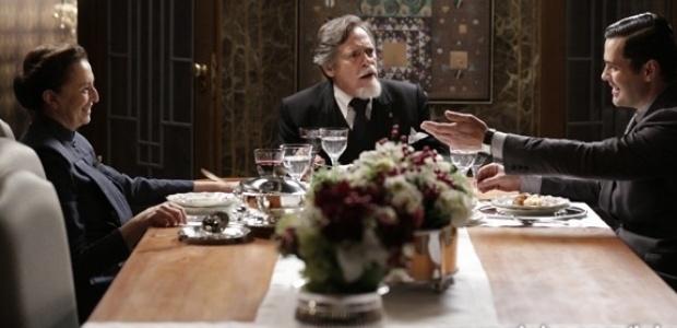 Manfred diz a Ernest que ele vai ter que casar com Gertrude