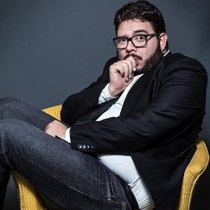 O comediante e blogueiro Rodrigo Fernandes, autor do site de humor Jacaré Banguela