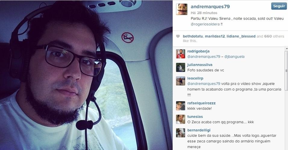 Após cirurgia para perder peso, André Marques aparece com o rosto mais fino