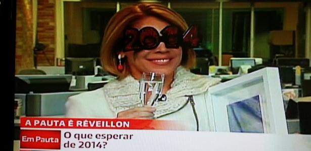 Sandra Coutinho usou óculos com os números de 2014