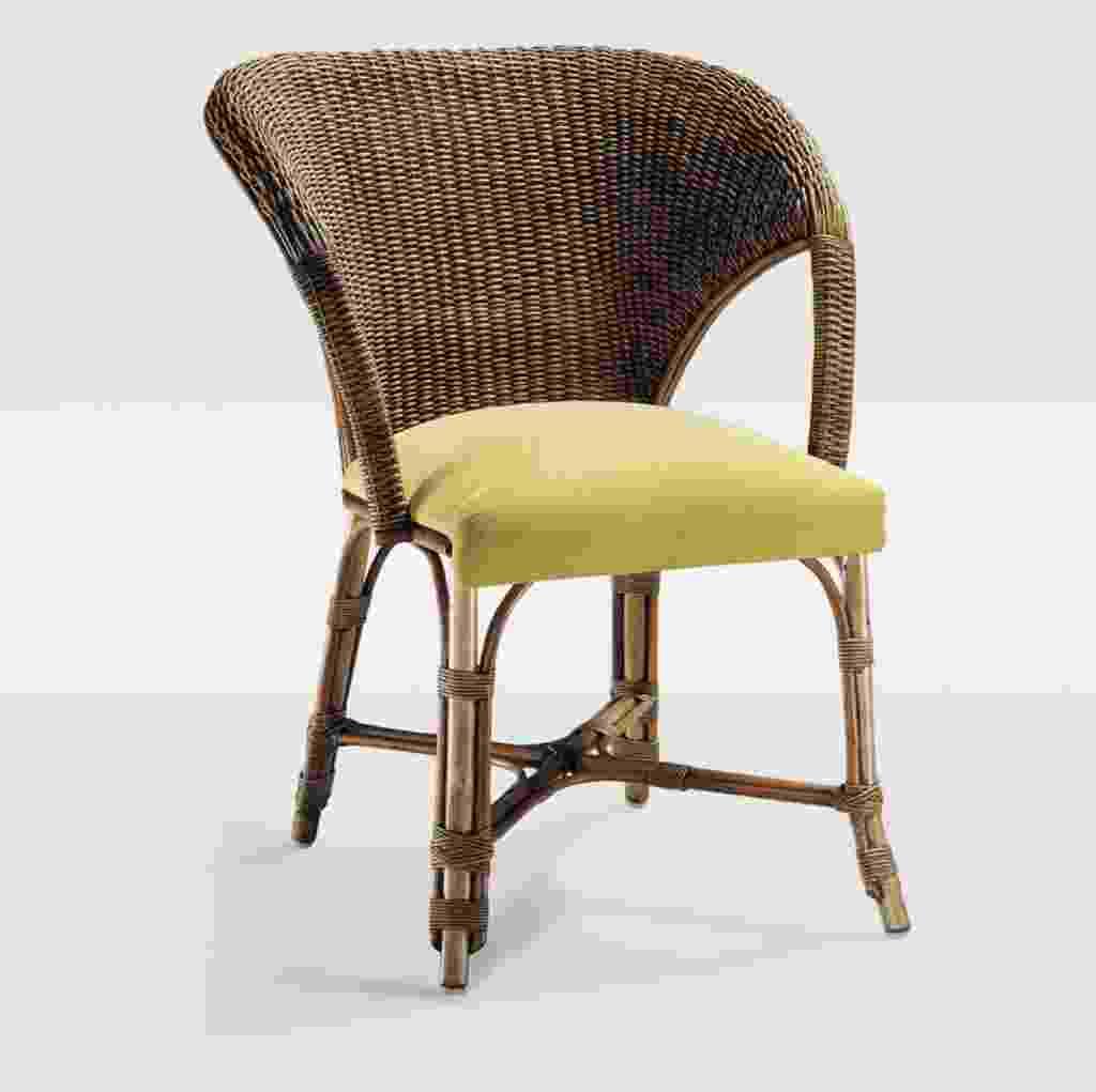 Fabricada em rattan, a cadeira Mônaco é leve e indicada para uma ambientação mais rústica. Com 86 cm de altura) e 67 cm de largura, a peça, fornecida pela Vimeza, é vendida na Obravip.com (www.obravip.com) por R$ 801 - Divulgação