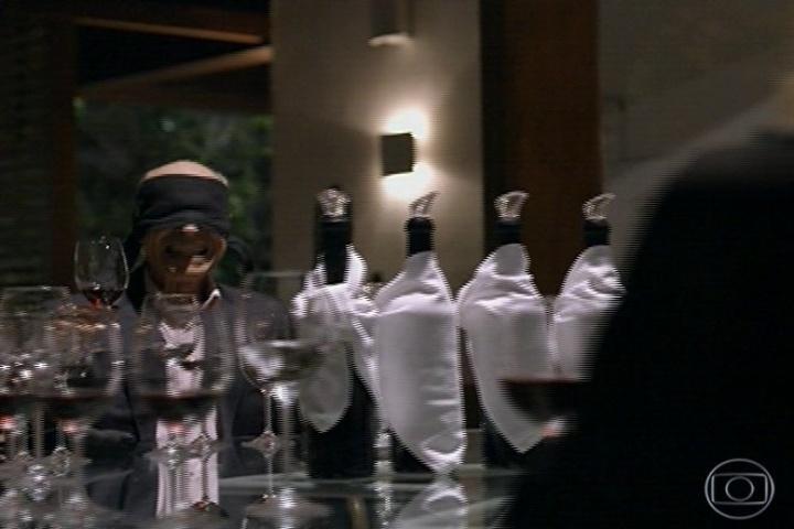 amores roubados, cena do vinho ás cegas