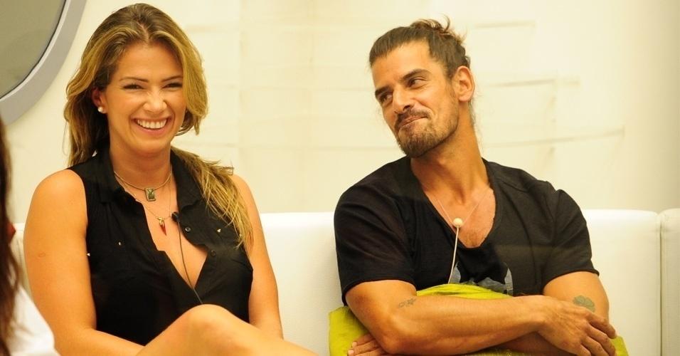"""Em 2013, a produção do Big Brother pregou uma peça nos participantes ao incluir Miguel, que fingiu ser um participante do """"Gran Hermano Argentina"""""""