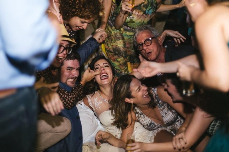 A bailarina de Recife, Bella Maia, 27 anos, se casou em outubro de 2013 com o produtor musical Bruno Lins