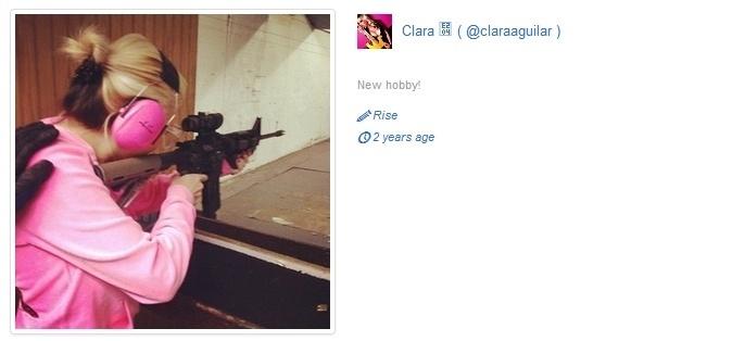 """Clara AGuilar, de 25 anos, fazia shows eróticos pela internet, em que usava o nome """"Barbie Wild"""". A loira é natural de São Paulo e é empresária"""