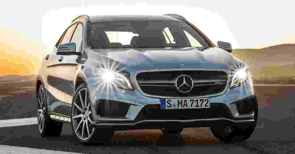 Mercedes-Benz GLA 45 AMG - Divulgação