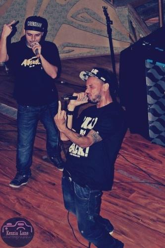 Slim, 35 anos, parceiro do DJ Thiago Beats no rap, tem dois álbuns de estúdio lançados -