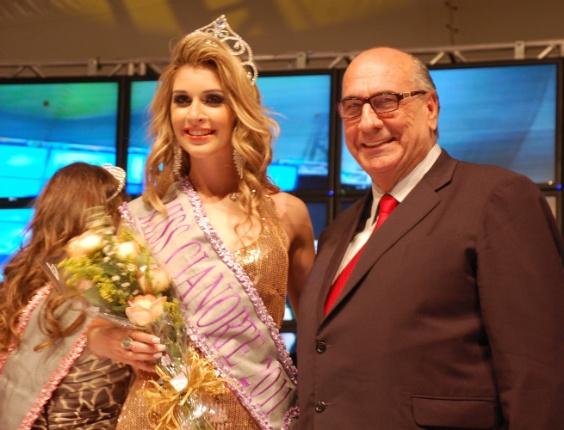 Tatiele foi eleita eleita Miss Cianorte 2011, em uma competição que contou com mais de 70 concorrentes