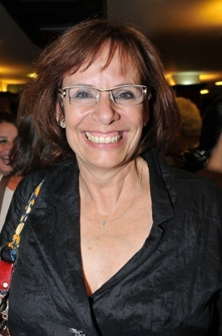 A jornalista Sandra Moreyra  trabalha na Rede Globo e no RJTV