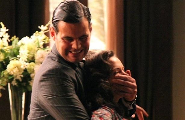Amélia leva Pérola para ver avô e cai em armação de Manfred