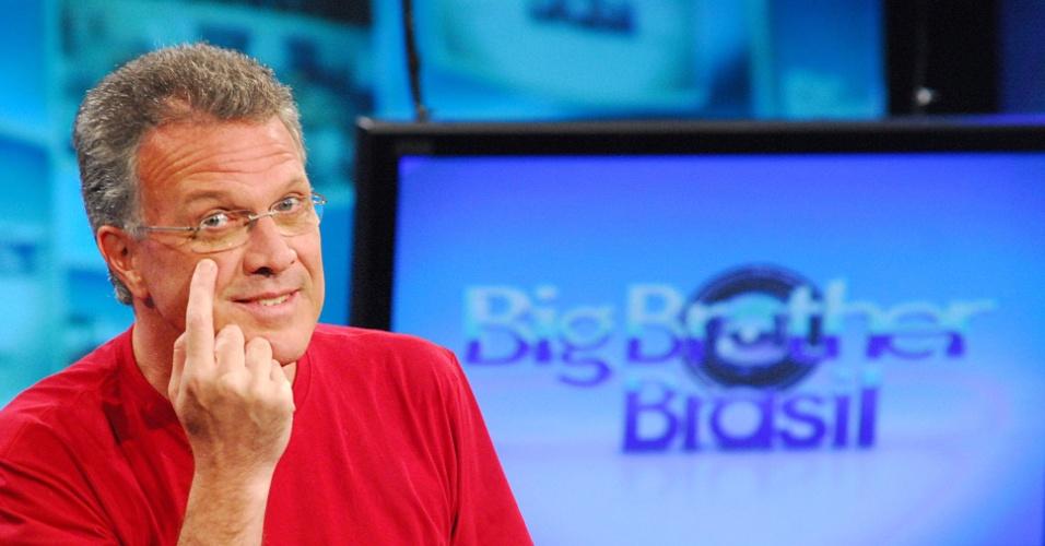 """21.jan.2008 - O jornalista Pedro Bial, apresentador do """"Big Brother Brasil"""""""