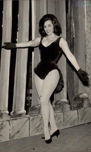 29.abr.1964 - A atriz e ex-vedete Marly Marley