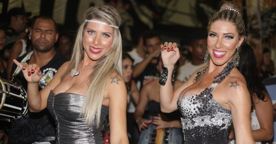 10.jan.2013 - Ana Paula Minerato e Tatiane Minerato sambam muito em primeiro ensaio do ano da Gaviões da Fiel SP