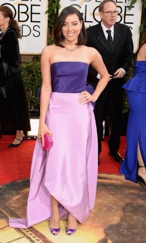 """12.jan.2014 - A atriz Aubrey Plaza, de """"Parks and Recreation"""", chega para a edição 2014 do Globo de Ouro, em Beverly Hills"""