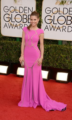 12.jan.2014 - A atriz e apresentadora Maria Menounos chega para a edição 2014 do Globo de Ouro, em Beverly Hills