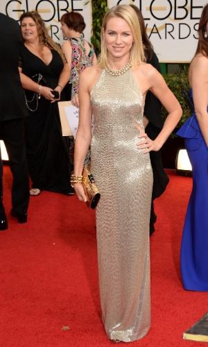 12.jan.2014 - A atriz Naomi Watts chega para a edição 2014 do Globo de Ouro, em Beverly Hills