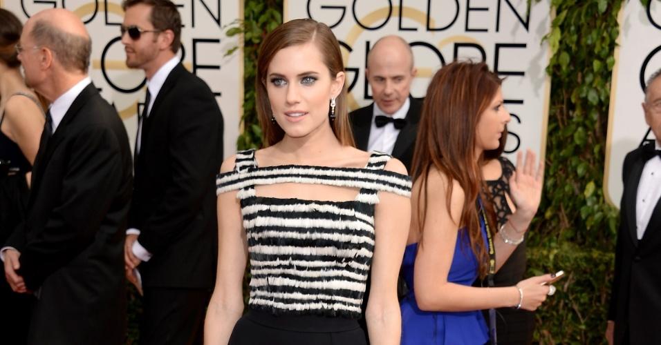 """12.jan.2014 - A atriz Alisson Williams, da série """"Girls"""", posa no tapete vermelho do Globo de Ouro 2014, em Beverly Hills"""