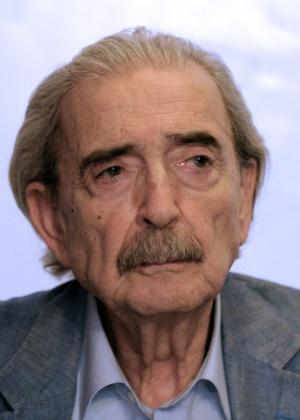 O poeta e escritor argentino Juan Gelman, morto aos 83 anos - AFP