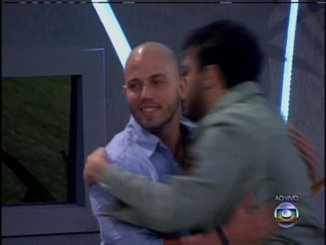 João Almeida é o primeiro eliminado da edição.