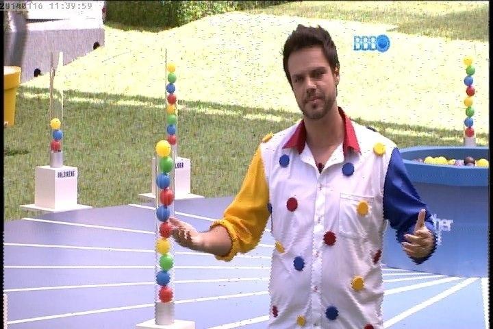 O apresentador Vinícius Valverde