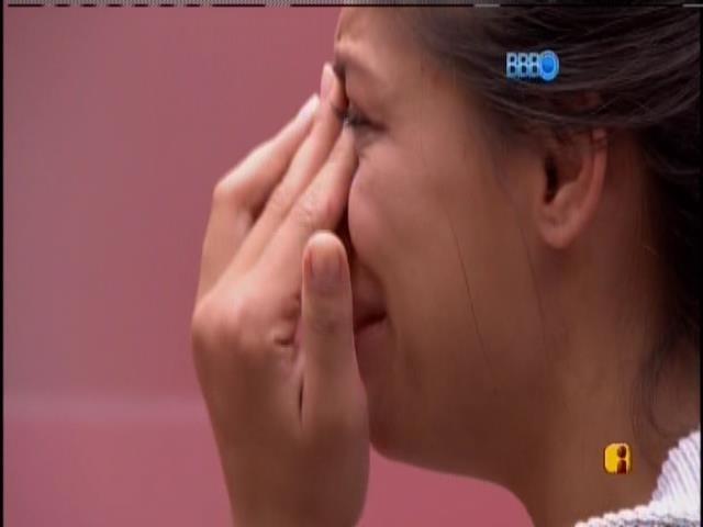 18.jan.2014 - Franciele chora após achar que cometeu uma infração