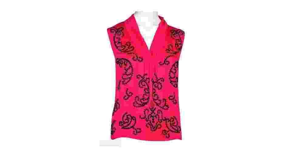 Bata bordada; de R$ 420  por R$ 210, na Zetha (www.loja.zethastore.com). A liquidação vai até 30 de março. Preço pesquisado em janeiro de 2014 e sujeito a alterações - Divulgação