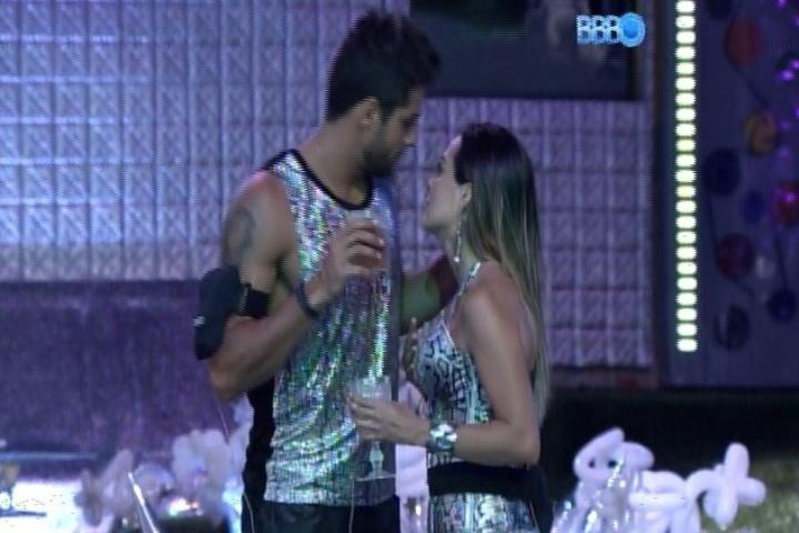 19.jan.2014 Diego e Leticia - BBB14