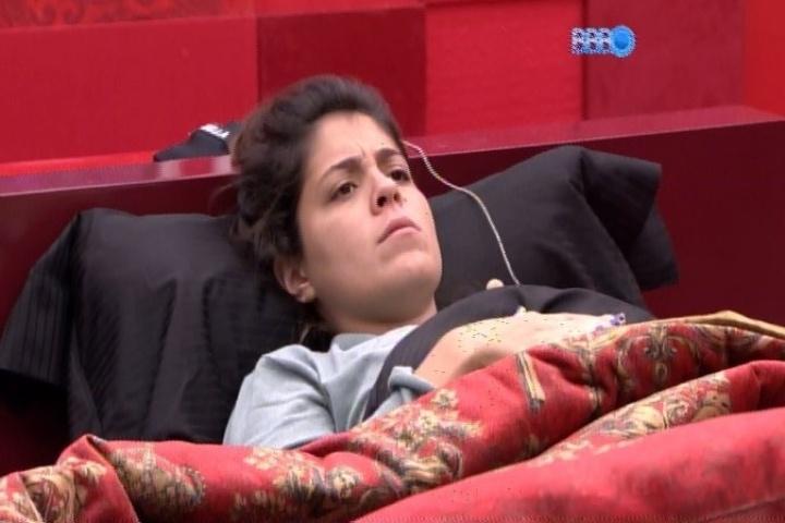 20.jan.2014 - Bella revela que pretende votar em Diego