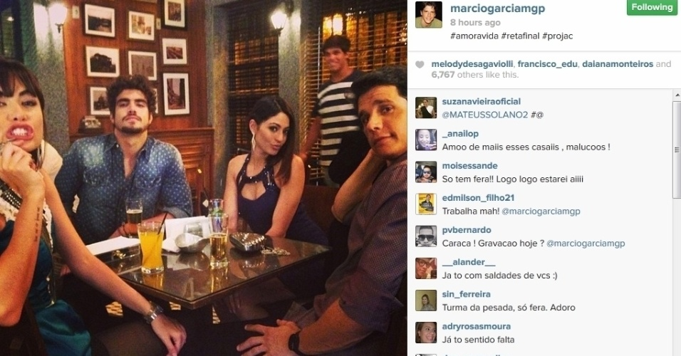 """21.jan.2013 - Márcio Garcia mostra foto dos bastidores de gravação de """"Amor à Vida"""""""