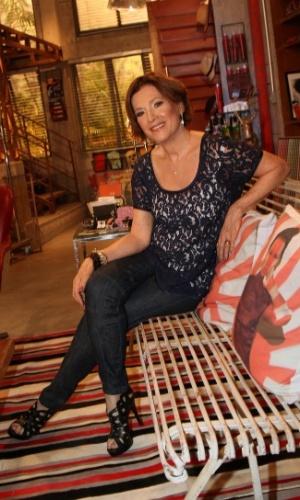 """22.jan.2014 - Natália do Valle posa durante a apresentação de """"Em Família"""", a próxima novela das nove. Na trama, ela será a mãe de Helena (Júlia Lemmertz)"""