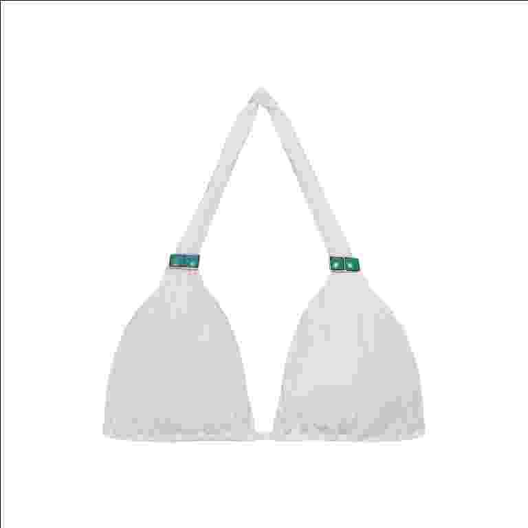 Top de biquíni branco; da Collection Lenny para C&A (www.cea.com.br), por R$ 69,90. Disponibilidade e preço pesquisados em janeiro de 2014 e sujeitos a alteração - Divulgação