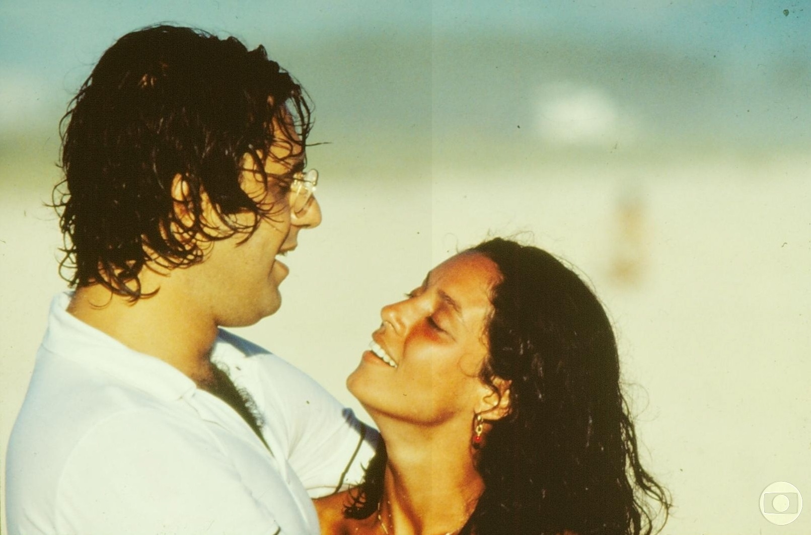 1979 - Antônio Fagundes e Sônia Braga em cena de