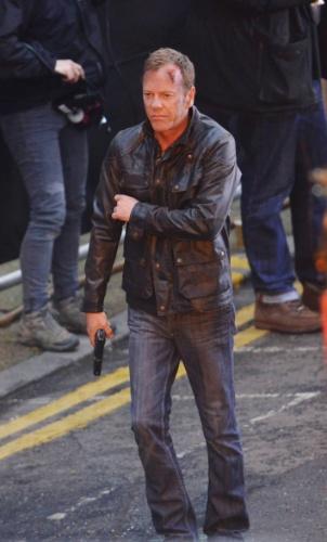 """22.jan.2014 - Kiefer Shuterland grava cenas da nova temporada da série """"24 Horas"""" em Londres"""