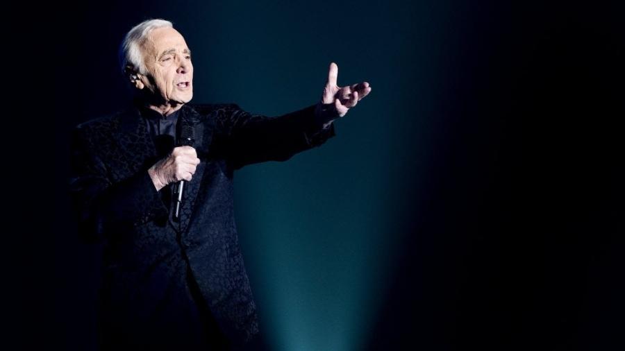 Charles Aznavour - Reprodução