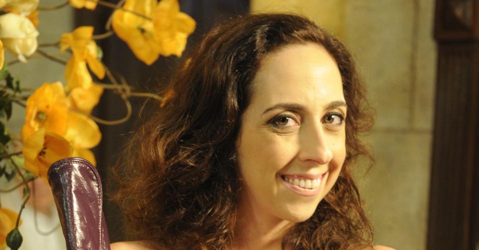 """Frô, papel de Marianna Armellini em """"Guerra dos Sexos"""", se achava linda, mas não tinha muita sorte no amor. No final da novela, apaixonou-se por Kiko (Johnny Massaro), com quem acabou se casando"""